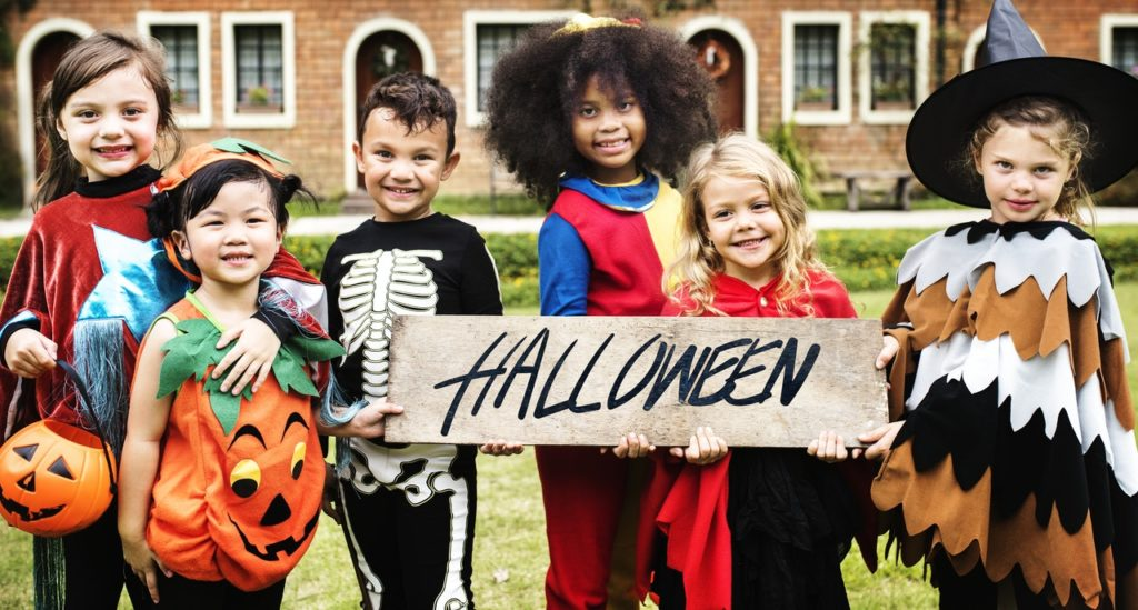 5 Ways to Give Back This Halloween | WHYSgiving